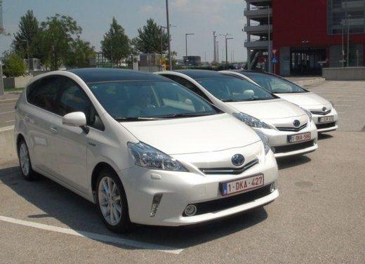 Toyota Prius Plus, provata su strada la monovolume ibrida a 7 posti