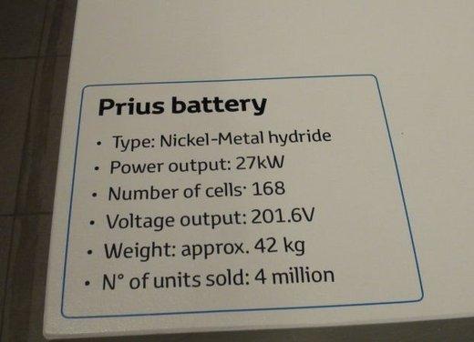 Toyota Prius Plus, provata su strada la monovolume ibrida a 7 posti - Foto 21 di 32
