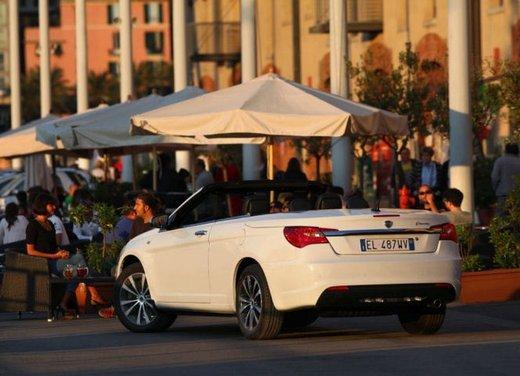 Lancia Flavia in offerta a 24.900 euro a maggio 2013 - Foto 9 di 24