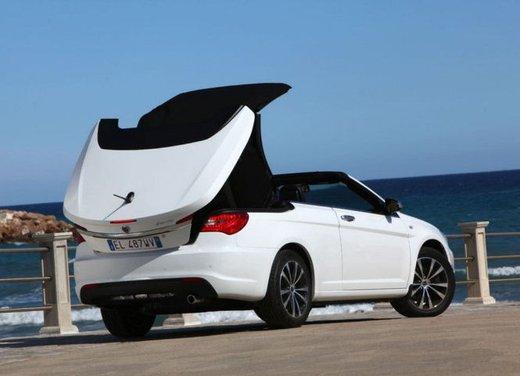Lancia Flavia in offerta a 24.900 euro a maggio 2013 - Foto 23 di 24