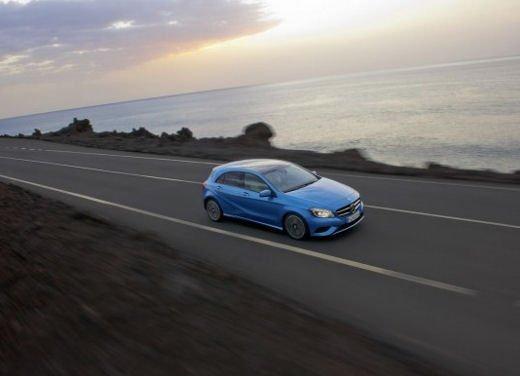Apple iPad e video wall: la quarta dimensione di nuova Mercedes  Classe A - Foto 8 di 20