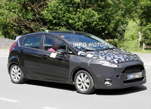 Ford Fiesta 2012, la nuova generazione pronta al debutto - Foto 3 di 24
