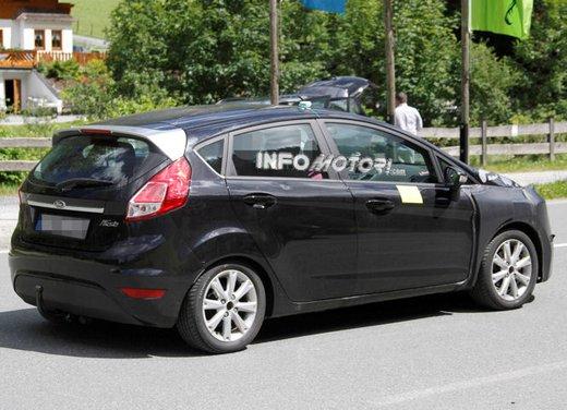 Ford Fiesta 2012, la nuova generazione pronta al debutto - Foto 5 di 24