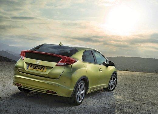 Honda Civic, prestazioni e consumi della gamma a benzina - Foto 2 di 32