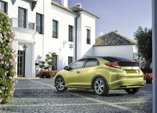Honda Civic, prestazioni e consumi della gamma a benzina - Foto 4 di 32