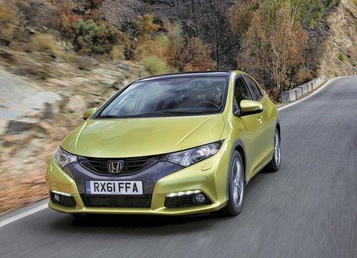 Honda Civic, prestazioni e consumi della gamma a benzina - Foto 7 di 32
