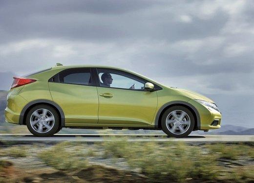 Honda Civic, prestazioni e consumi della gamma a benzina - Foto 10 di 32