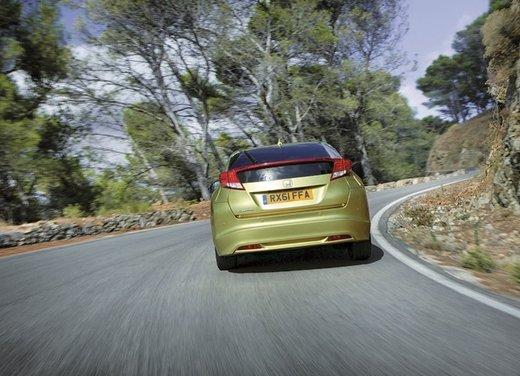 Honda Civic, prestazioni e consumi della gamma a benzina - Foto 11 di 32