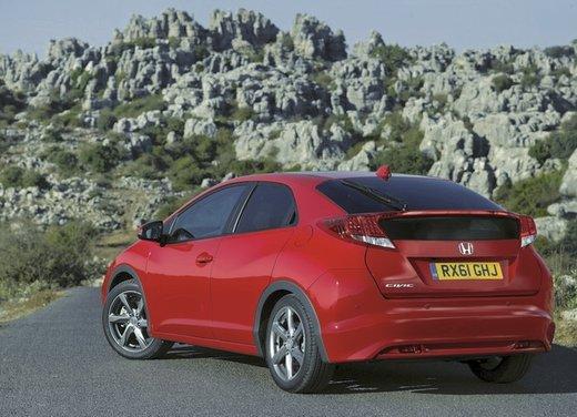 Honda Civic, prestazioni e consumi della gamma a benzina - Foto 15 di 32