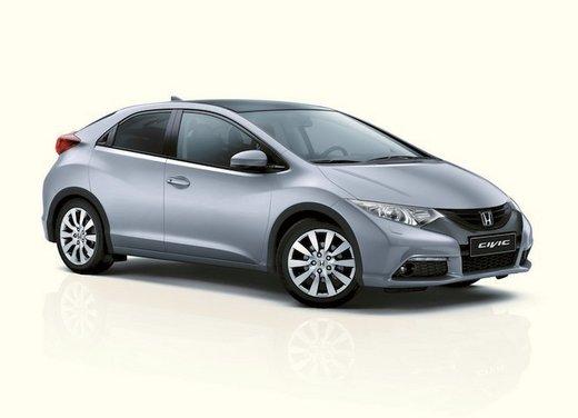 Honda Civic, prestazioni e consumi della gamma a benzina - Foto 26 di 32