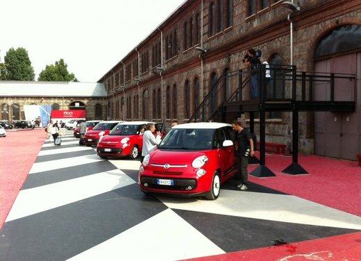 Fiat 500L: prezzo di 15.550 euro, motorizzazioni ed allestimenti - Foto 2 di 32
