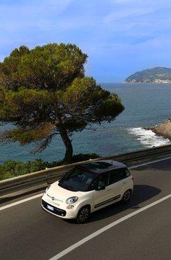 Fiat 500L: prezzo di 15.550 euro, motorizzazioni ed allestimenti - Foto 17 di 32
