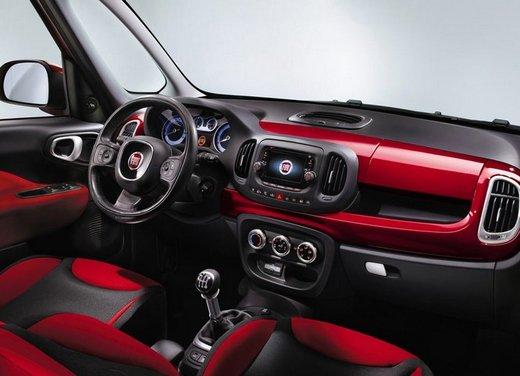 Fiat 500L: prezzo di 15.550 euro, motorizzazioni ed allestimenti - Foto 29 di 32