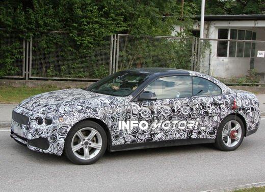 Foto spia della nuova BMW Serie 4 Cabrio - Foto 12 di 20