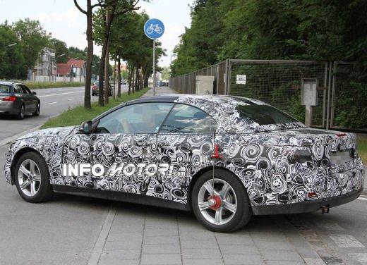 Foto spia della nuova BMW Serie 4 Cabrio - Foto 6 di 20