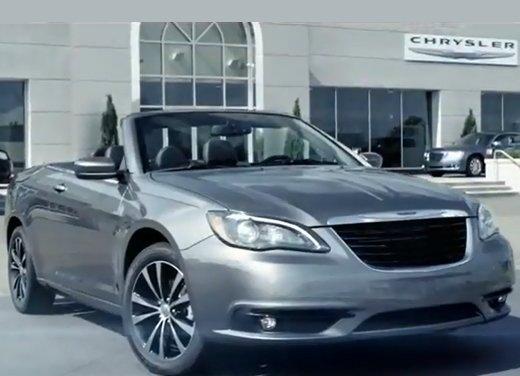 Lancia Flavia Cabrio punta sulla dolce vita e la sua cugina Chrysler 200 sul futuro - Foto 1 di 13