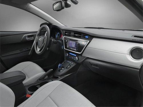 Toyota Auris 2013 - Foto 18 di 18