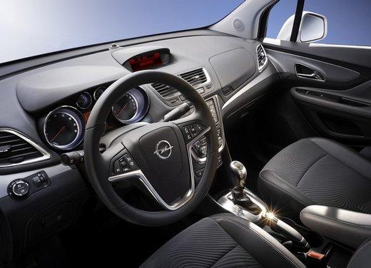 Opel Mokka, prezzi e promozioni del nuovo SUV compatto Opel - Foto 9 di 16
