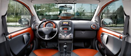 Toyota Aygo restyling 2012 - Foto 11 di 12