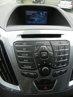Ford Transit e Tourneo Custom: prova su strada - Foto 10 di 19