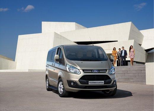 Ford Transit e Tourneo Custom: prova su strada - Foto 15 di 19