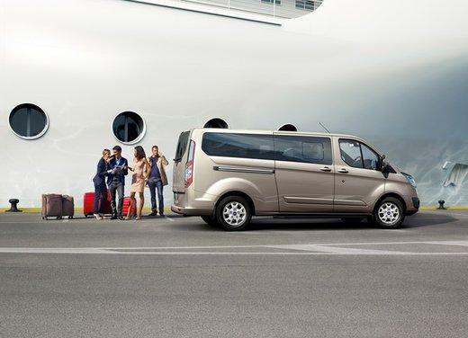 Ford Transit e Tourneo Custom: prova su strada - Foto 16 di 19