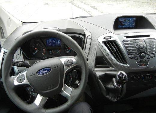 Ford Transit e Tourneo Custom: prova su strada - Foto 9 di 19