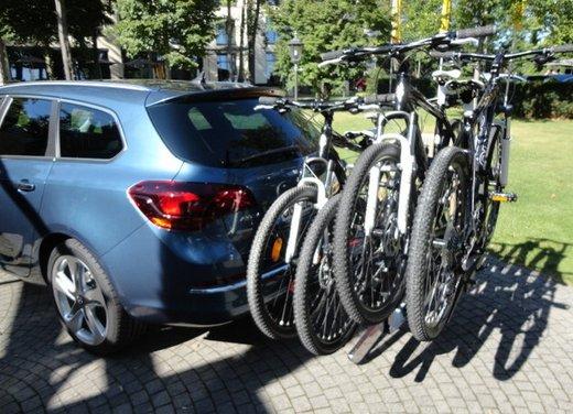 Opel Astra prova su strada della nuova gamma - Foto 22 di 34