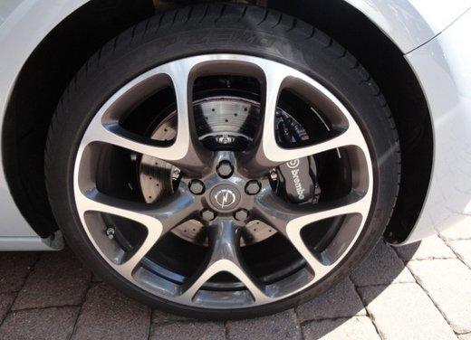 Opel Astra prova su strada della nuova gamma - Foto 31 di 34