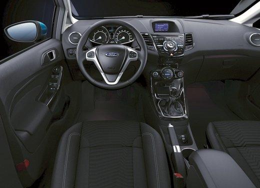 Nuova Ford Fiesta 2013 Titanium prezzi da 13.250 euro - Foto 8 di 15