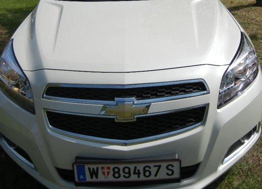 Chevrolet Malibu, prova su strada della berlina americana - Foto 6 di 14