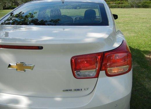 Chevrolet Malibu, prova su strada della berlina americana - Foto 10 di 14