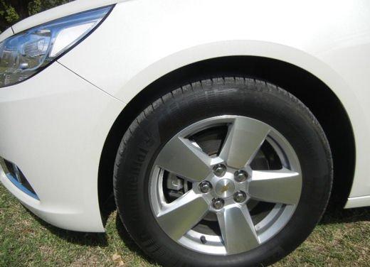 Chevrolet Malibu, prova su strada della berlina americana - Foto 12 di 14