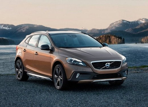 Volvo Cross Country V40 test drive a Madonna di Campiglio