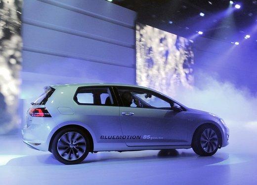 Nuova Volkswagen Golf 7 in Italia prezzi a partire da 17.800€ - Foto 1 di 17