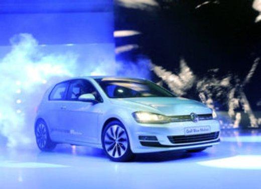 Nuova Volkswagen Golf 7 in Italia prezzi a partire da 17.800€ - Foto 4 di 17