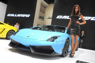 Le più belle auto sportive e di lusso al Salone di Parigi 2012