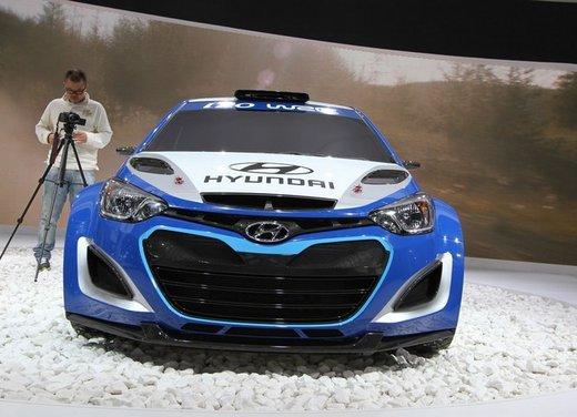 Hyundai i20 WRC nuovi test per il mondiale Rally 2014 - Foto 17 di 22