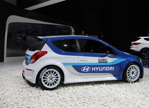 Hyundai i20 WRC nuovi test per il mondiale Rally 2014 - Foto 14 di 22