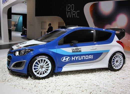 Hyundai i20 WRC nuovi test per il mondiale Rally 2014 - Foto 12 di 22