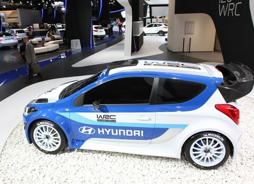 Hyundai i20 WRC nuovi test per il mondiale Rally 2014 - Foto 16 di 22
