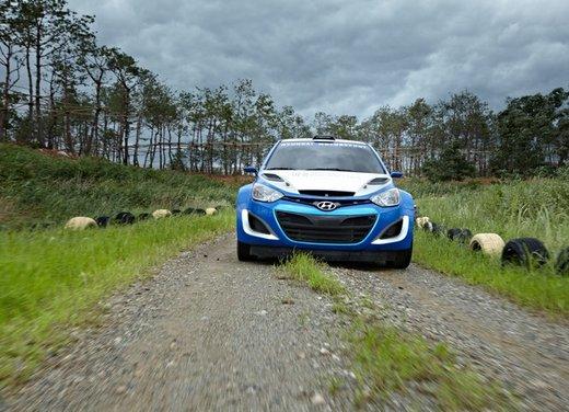 Hyundai i20 WRC nuovi test per il mondiale Rally 2014 - Foto 13 di 22