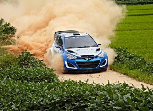 Hyundai i20 WRC nuovi test per il mondiale Rally 2014 - Foto 21 di 22