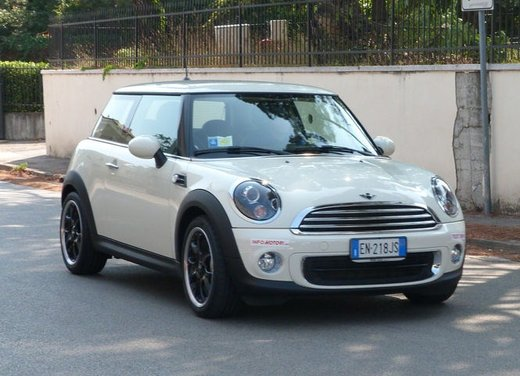 Mini One 75 cv Long Test Drive - Foto 6 di 12