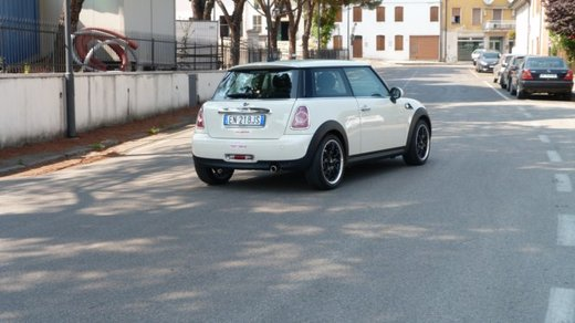Mini One 75 cv Long Test Drive - Foto 3 di 12