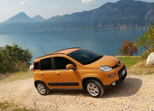 Prova su strada della nuova Fiat Panda Trekking - Foto 26 di 38