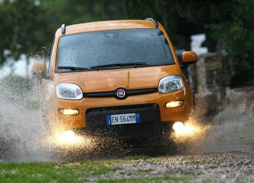 Prova su strada della nuova Fiat Panda Trekking - Foto 29 di 38