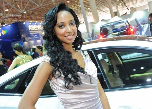 Tutte le ragazze più belle del Salone di Sao Paulo del Brasile 2012 - Foto 16 di 19