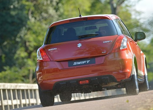 Suzuki Swift 4×4 Outdoor - Foto 26 di 31