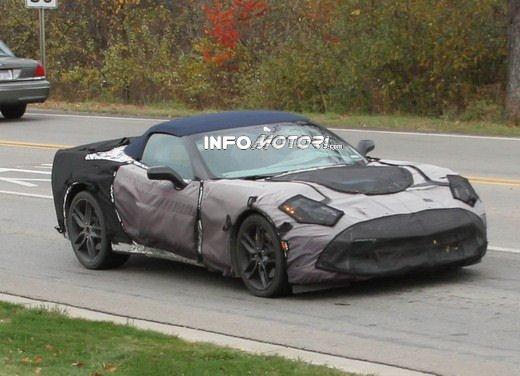 Foto spia della Chevrolet Corvette C7 Cabrio